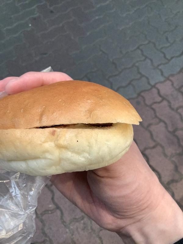 リヨン クローバーのコッペパン