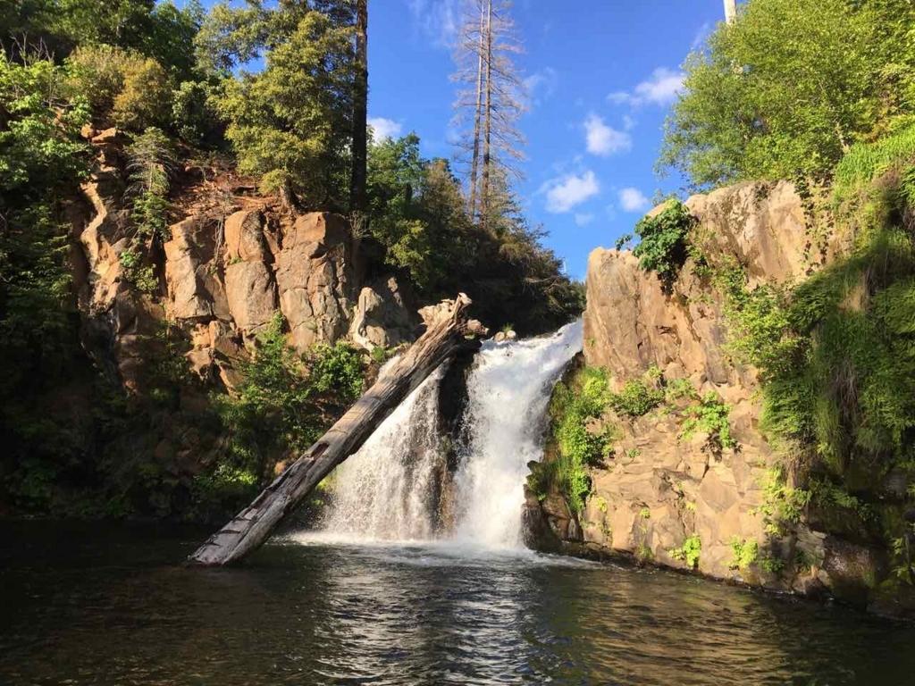 Hatchet Falls
