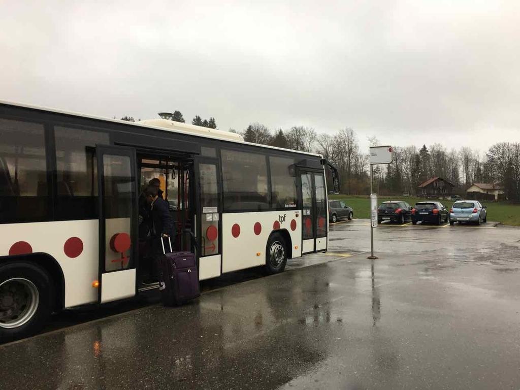グリュイエールのバス