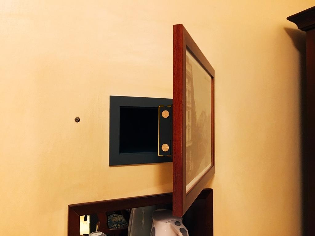 ミラノのホテルのセイフティボックス