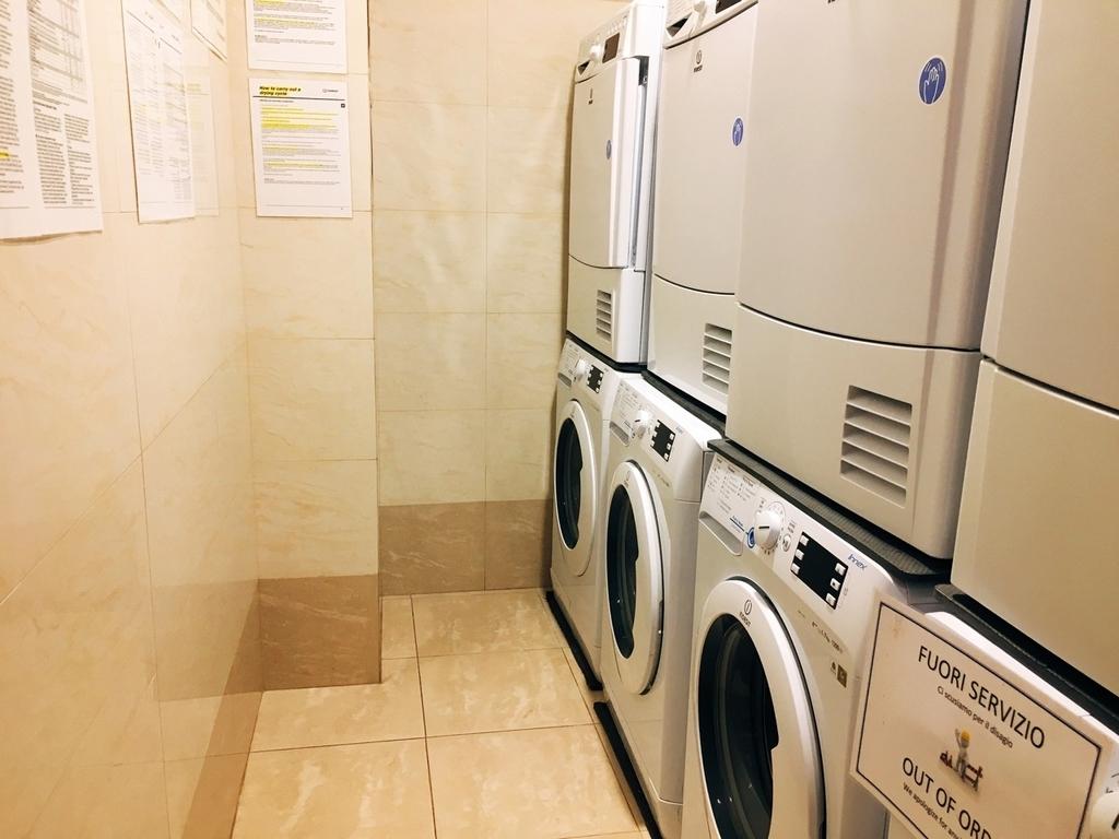 ミラノ・ベストウエスタンホテルの洗濯機