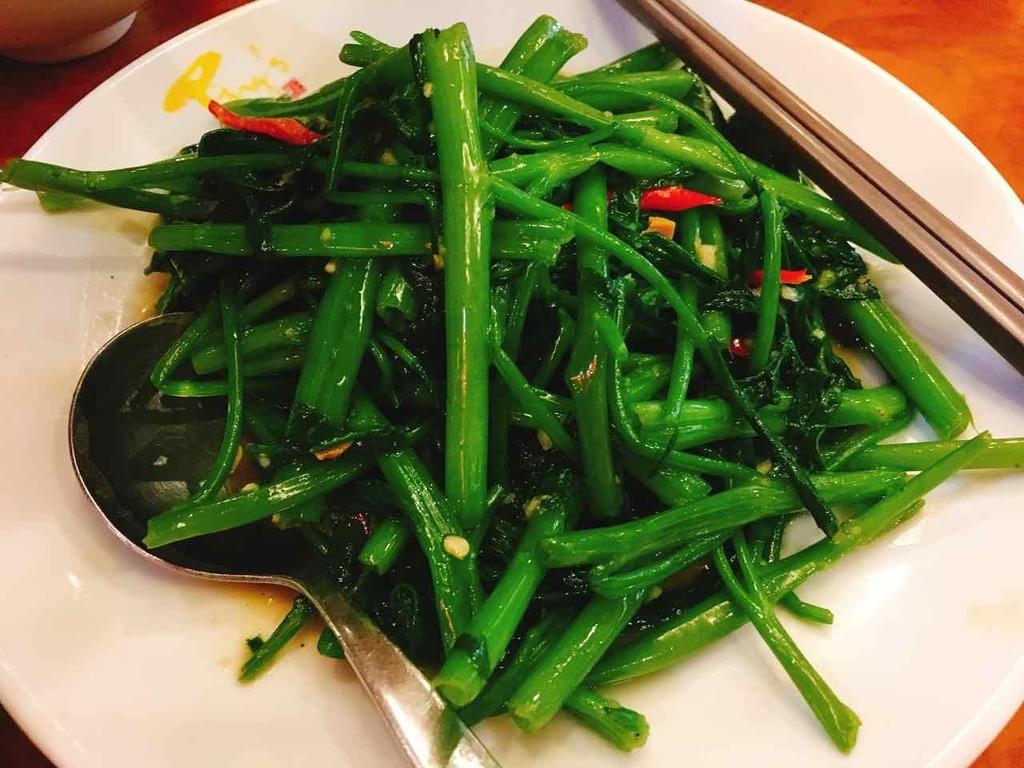 Ping's Shark's Fin Restaurant 空芯菜炒め