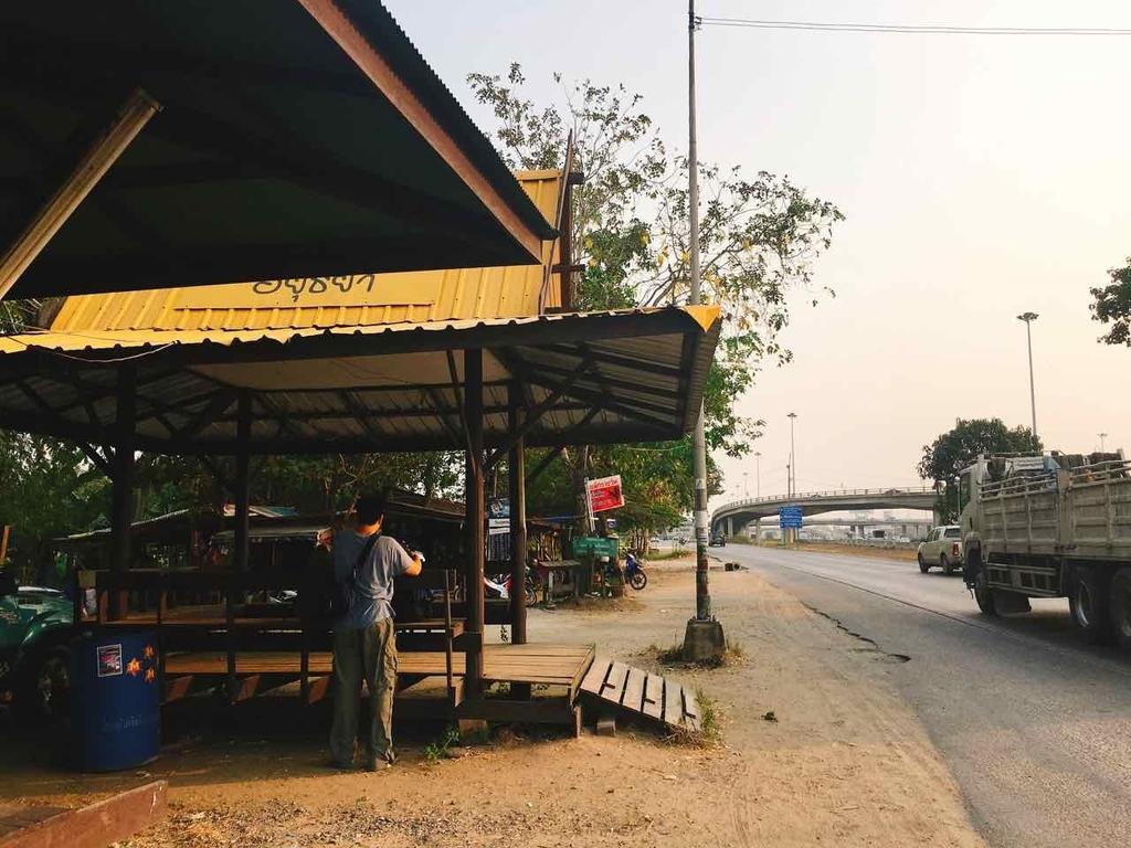 アユタヤ バス 降車場所