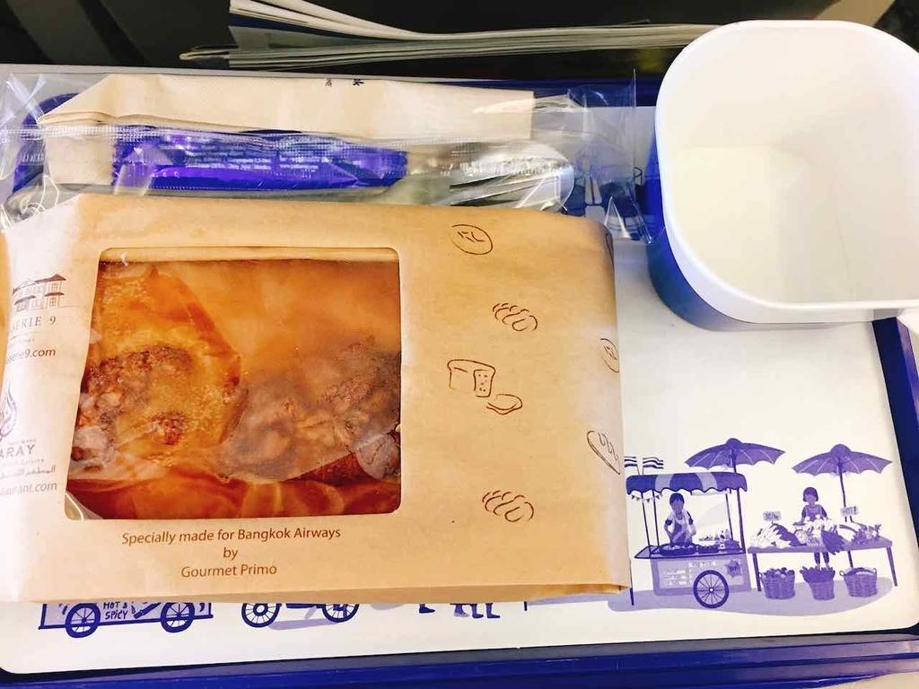 バンコク・エアウェイズ 機内食