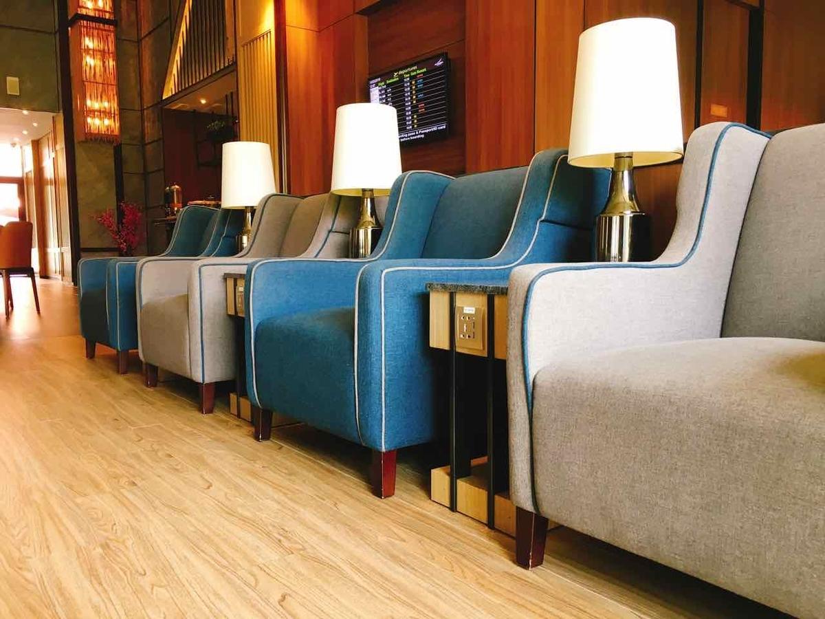 Plaza Premium Lounge ソファエリア