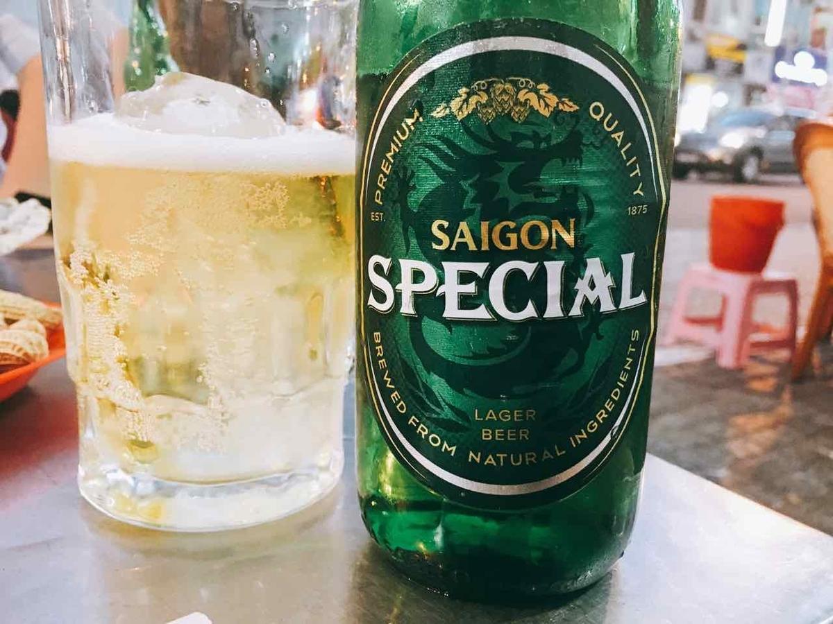 ベトナム 氷入りビール