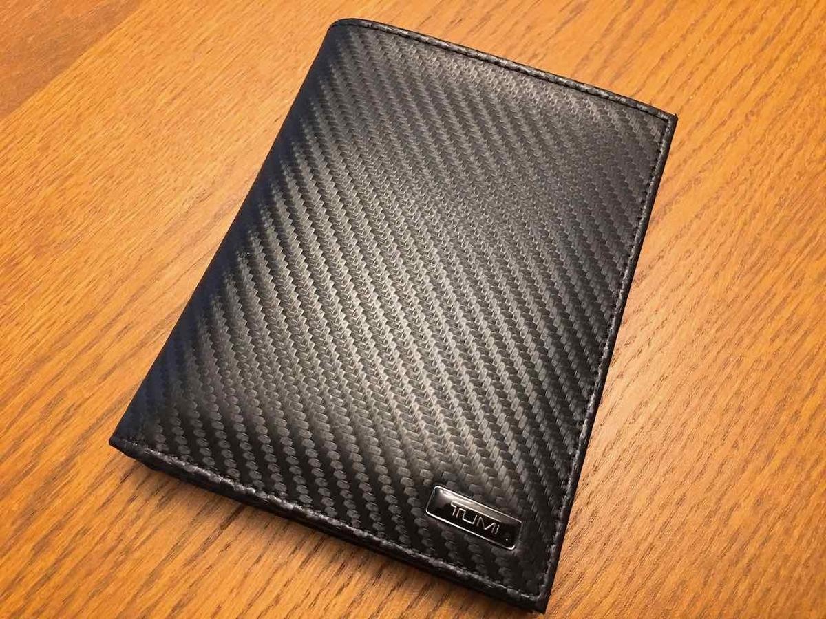 TUMI パスポートケース