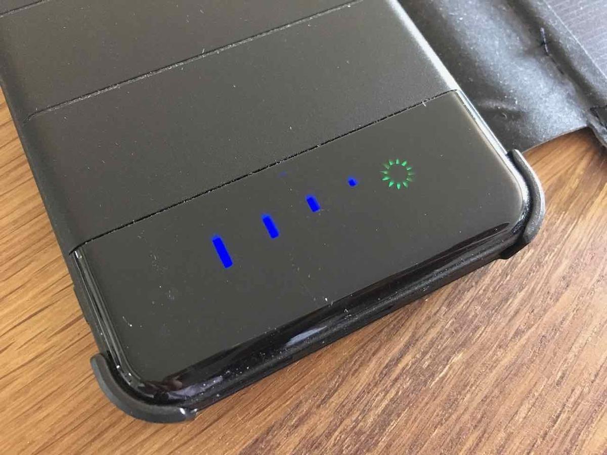 モバイルバッテリー 残容量表示
