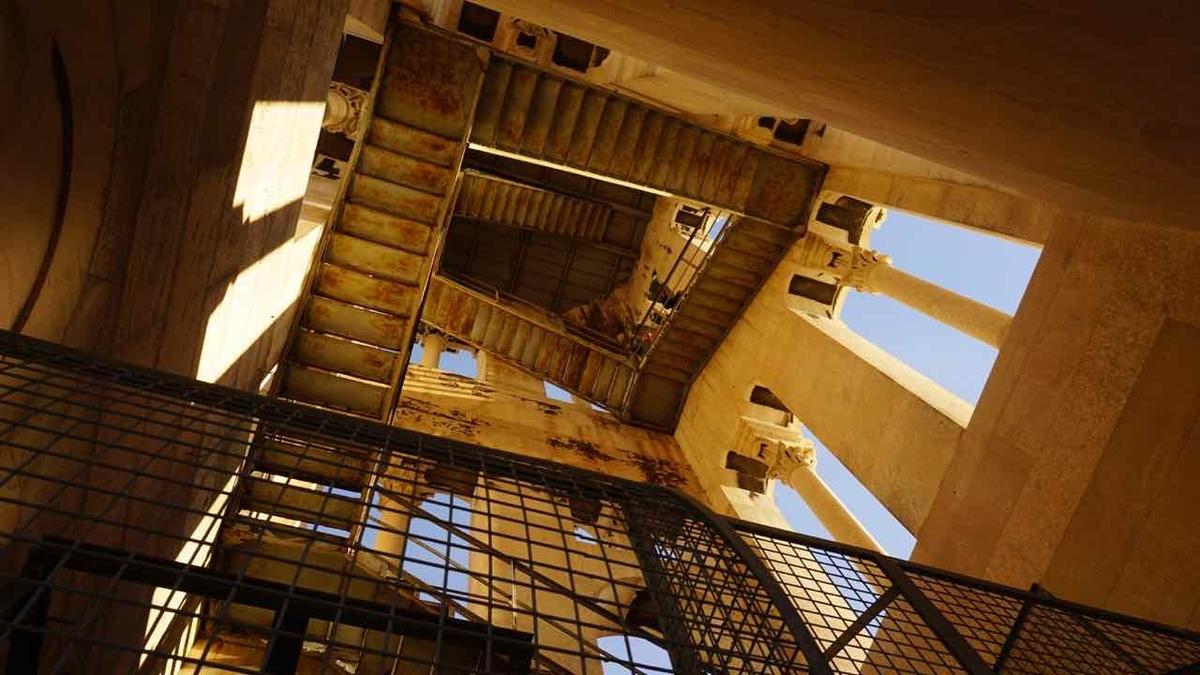 クロアチア スプリット 鐘楼 階段