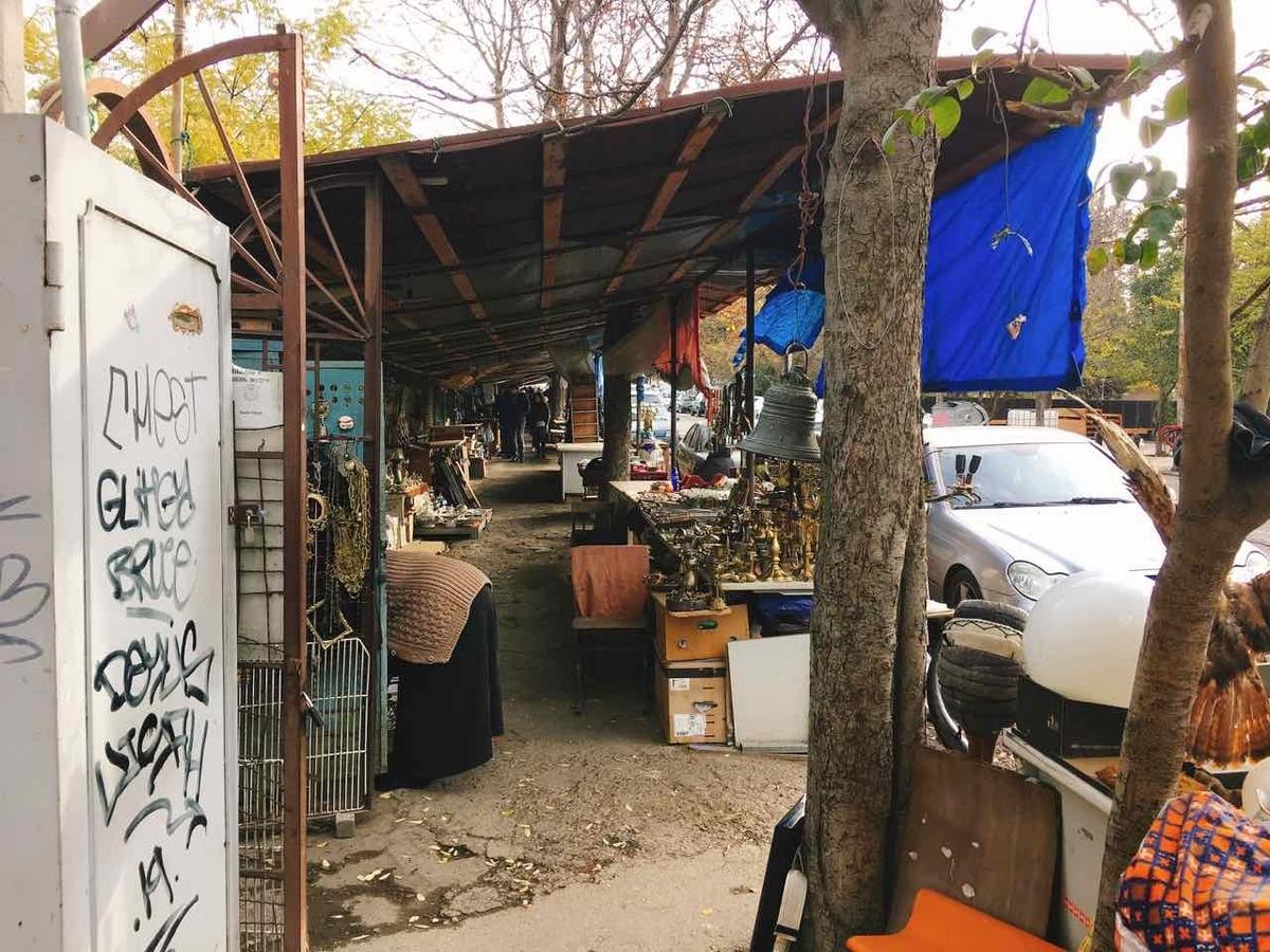 ジョージア トビリシ フリーマーケット