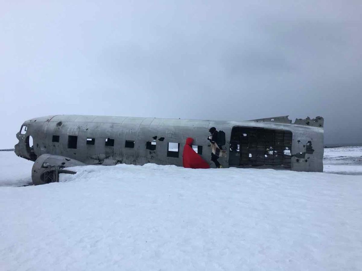 アイスランド 墜落飛行機