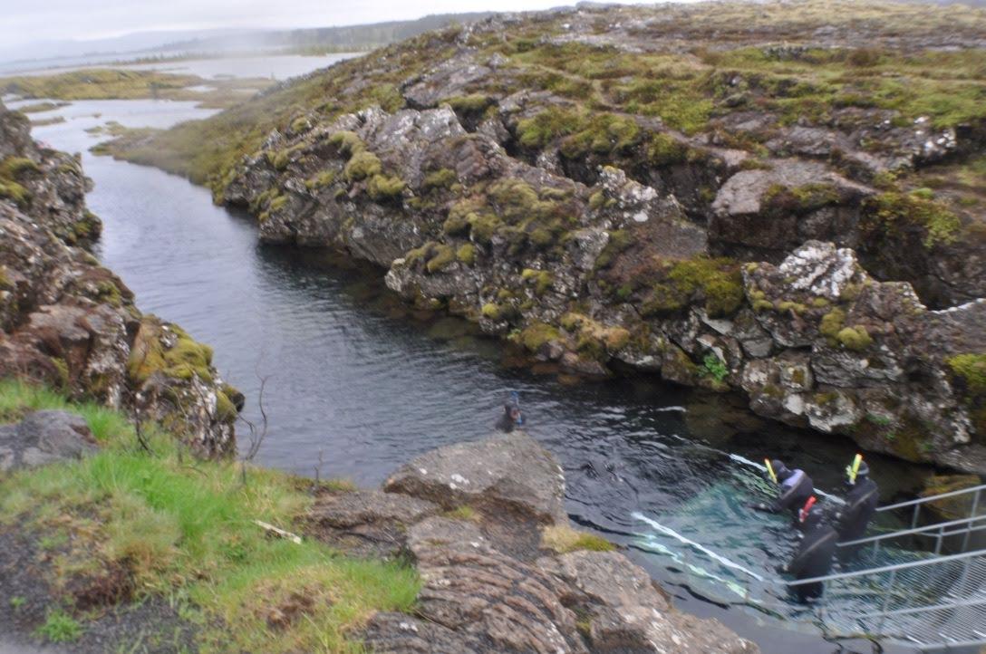 アイスランド 世界遺産 シルフラの泉でダイビング