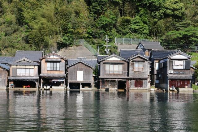 伊根町の舟屋(京都府)