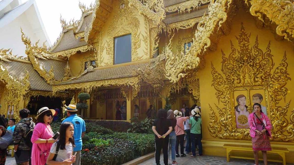 タイ チェンマイ ホワイトテンプル トイレ