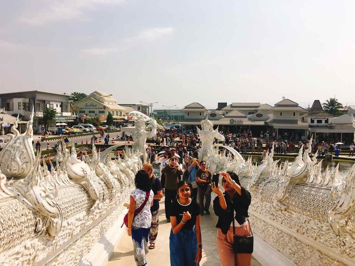 タイ ホワイトテンプル