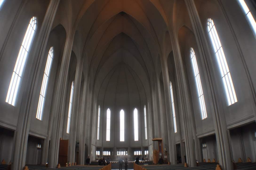 ハットルグリムス教会の中の様子と雰囲気