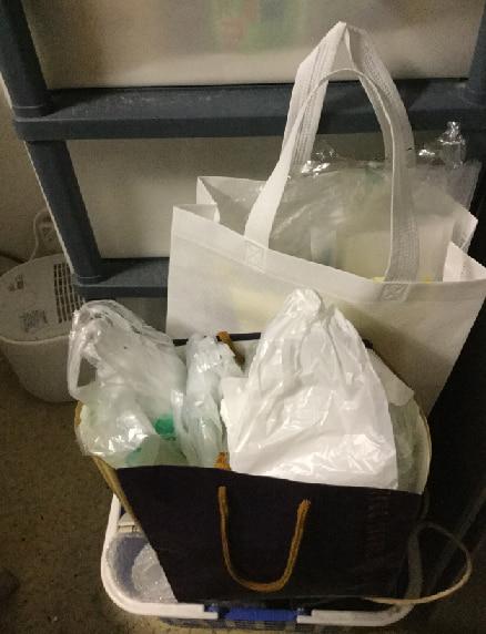 キッチンの片づけ開始!手始めにレジ袋と紙袋の整理