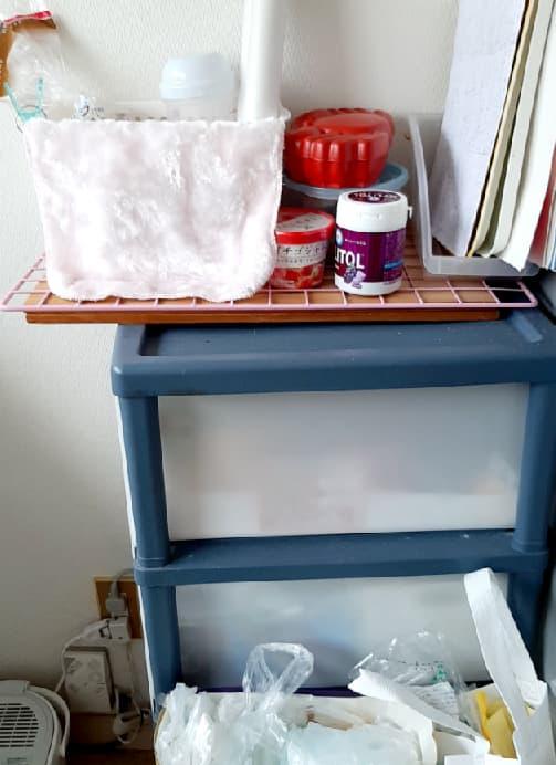 キッチンの引き出しの上を片付けてキレイな状態にし、前回のレジ袋の場所もキレイを保っている