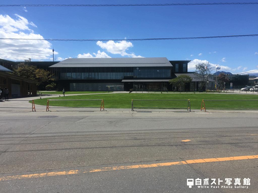 新築された富岡市役所