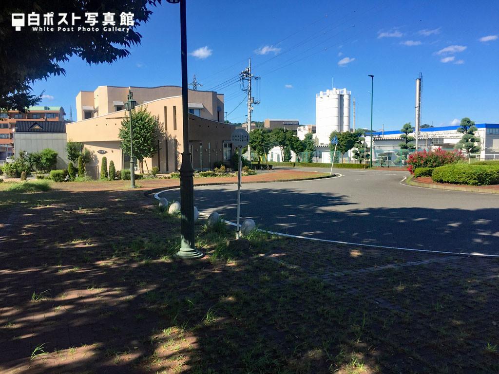 東富岡駅ロータリー