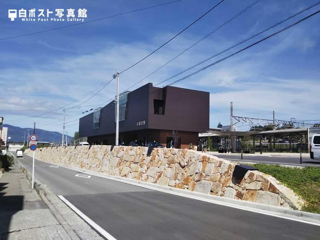 小淵沢駅遠景