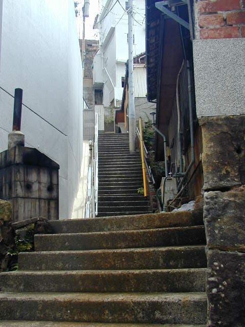 いい感じの階段も多い