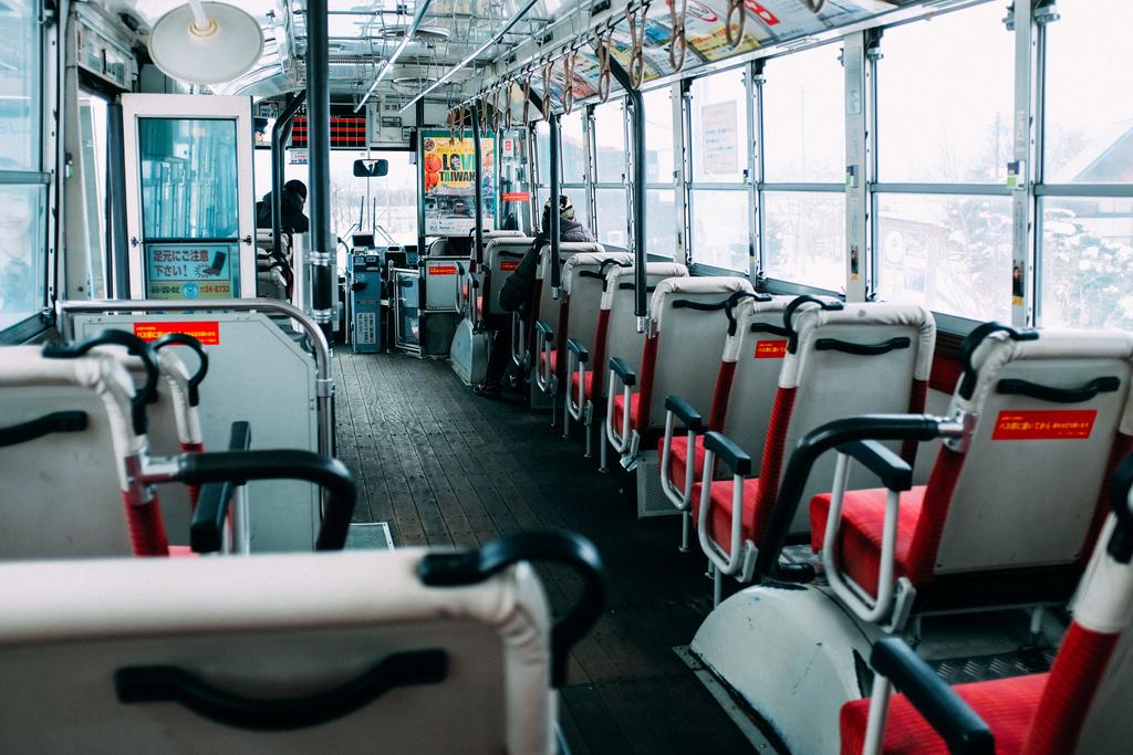 AIRDO20周年ひがし北海道フリーパス_鉄道の旅_旭山動物園_バス