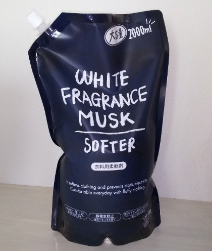 ホワイトフレグランスムスクソフター パッケージ