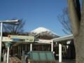 足柄SA上りから望む富士山