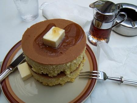 イワタ珈琲店のホットケーキ