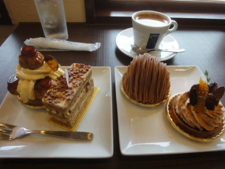 レタンプリュスのケーキ