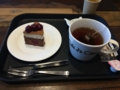 ベルグの4月のアントルメグラッセと紅茶