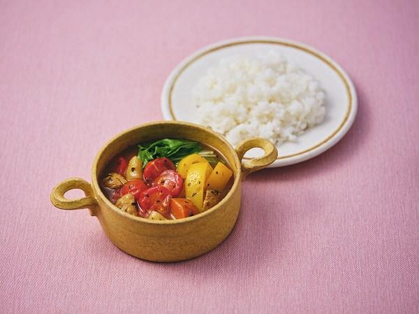 レンチン蒸し野菜とトマトのスープカレー