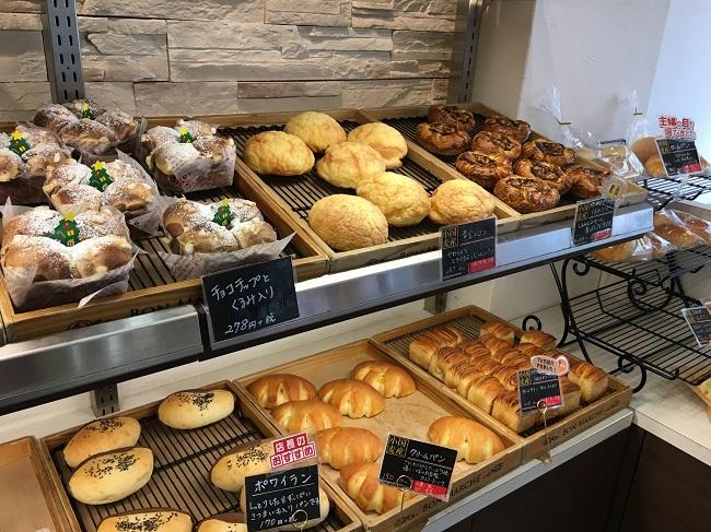 販売されているパン4