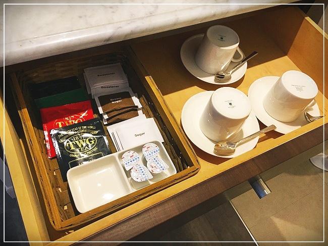 コーヒー、紅茶などは無料