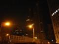 真っ暗な都庁にちょっとだけついてる明かりを見ると超がんばれって気