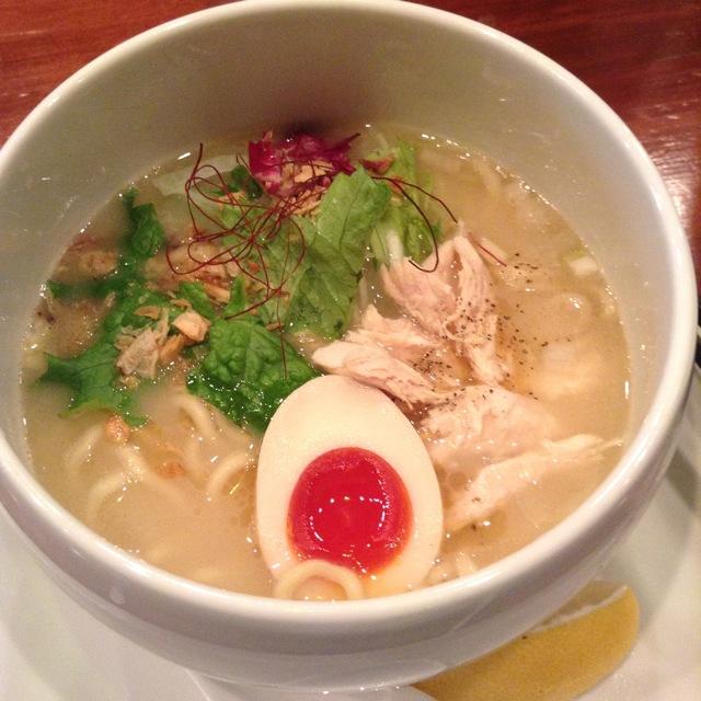 高田馬場「蔭山」の「鶏白湯麺」