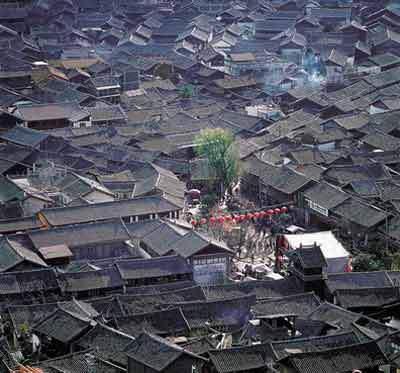 麗江古城房屋建築風光