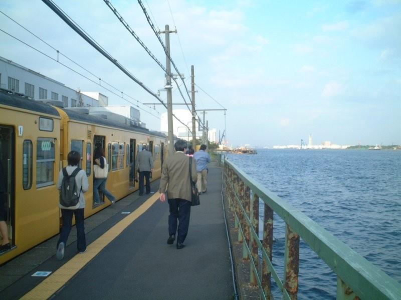 ★鶴見線・海芝浦駅:2003年5月