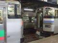 [鉄道][731系][キハ201系][貫通幌]EC/DC併結(25)963M札幌到着、731系からキハ201系(右)を解結/080728