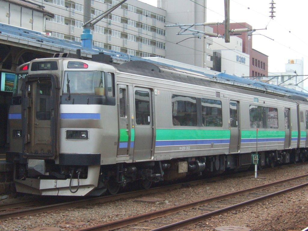 EC/DC併結(11)キハ201系・キハ201-303/小樽駅080728