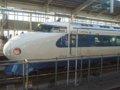 [鉄道][新幹線]0系新幹線・こだま639号(R61編成)6号車(22-7008)サイドビュー/新大阪駅2008.