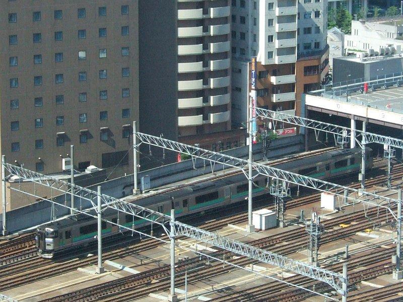 272:JR札沼線1570D(キハ201系D-103編成)トリミング版/札幌駅2008.07.25