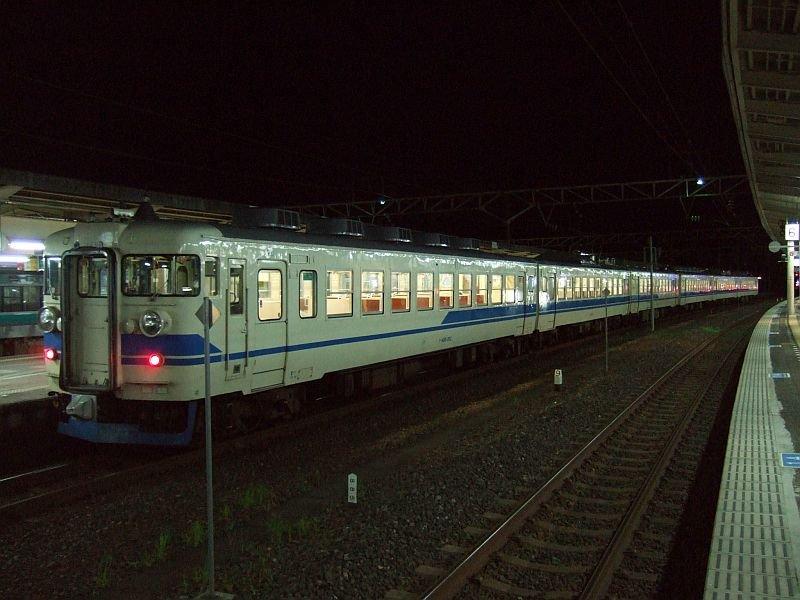 ☆577:北陸本線366M(サワA14編成+[T+M'+Mc])Tc455-302側/敦賀駅090725