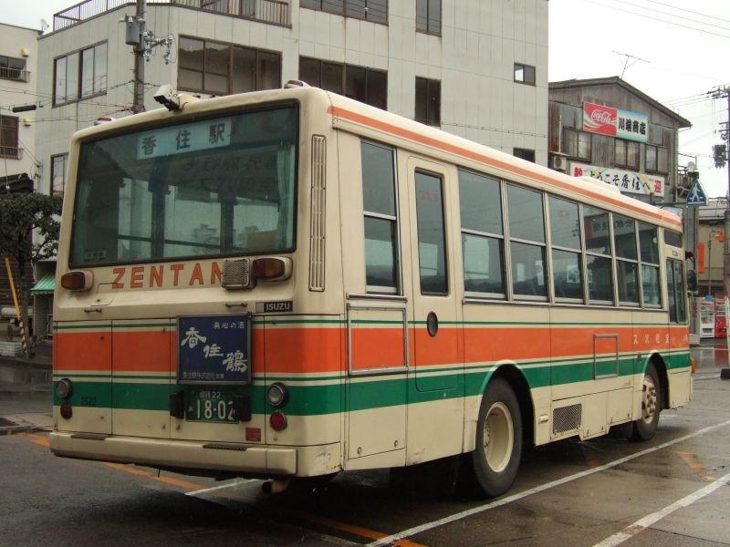餘部探訪(16)全但バス・いすゞP-LT312J(IKコーチ)/香住駅080113