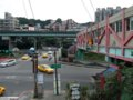 [風景][駅]★239:台鐵宜蘭線・暖暖車站-駅前交差点と陸橋100619