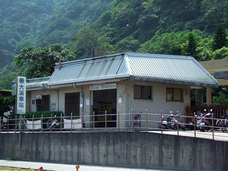 ★477:大溪車站/台2線福隆方面から100619