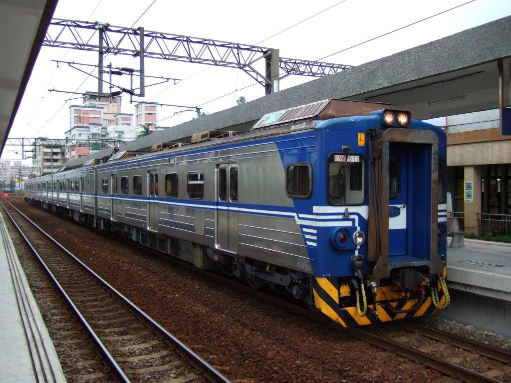 ★538:區間車2732次(蘇澳-樹林)EMU511編成(頭城側EMC511)1024pix/礁渓16:42