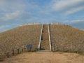 [風景]☆五色塚古墳/神戸市垂水区-円墳部分への階段下2010.10.2