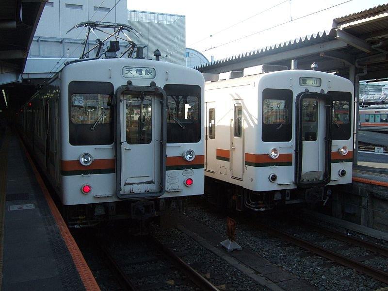 ☆170:飯田線3511M(左:Mc119-5106)3407M(右:Tc118-5009)/豊橋090906